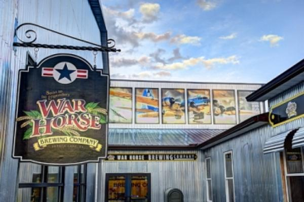 war horse brewing sign