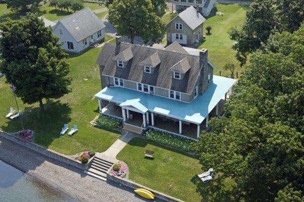 Located in the heart of the Finger Lakes, directly on Cayuga Lake