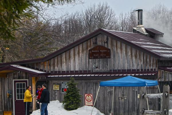 Smokey Hollow Maple Syrup building