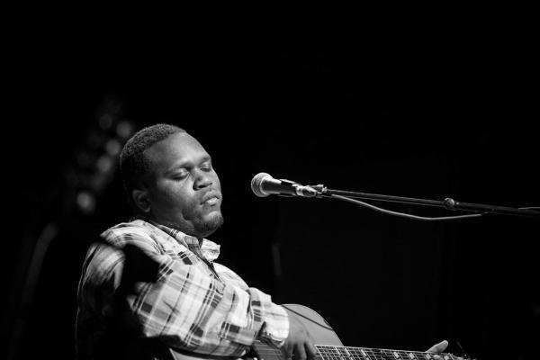 Performer Jontavious Willis with Acoustic Guitar