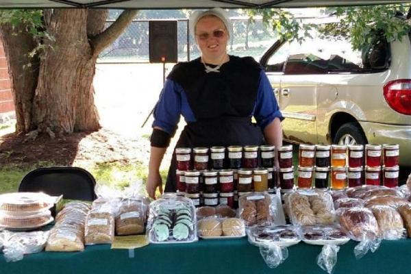 Aurora Farmers market vendor stand