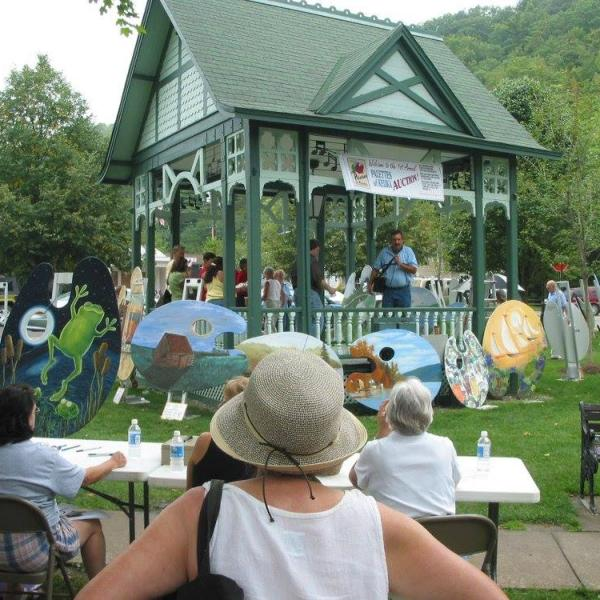 Palettes of Keuka Art Auction