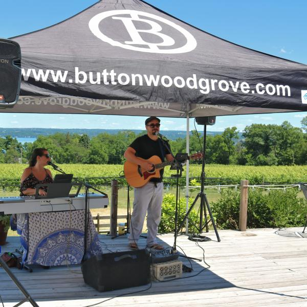 Brad and Anna performing at Buttonwood Grove