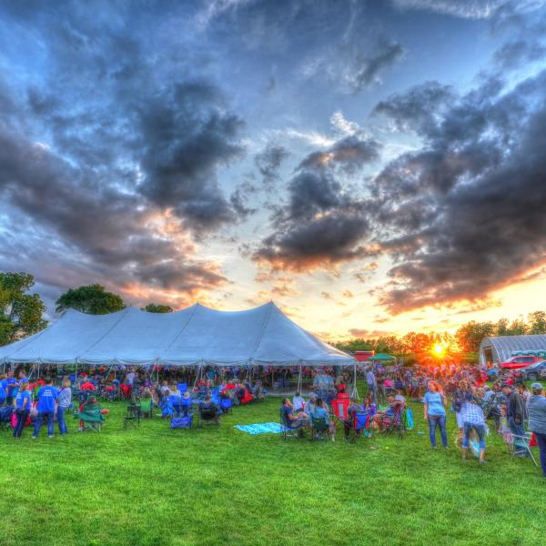 panorama of concert audience at Deer Run Winery
